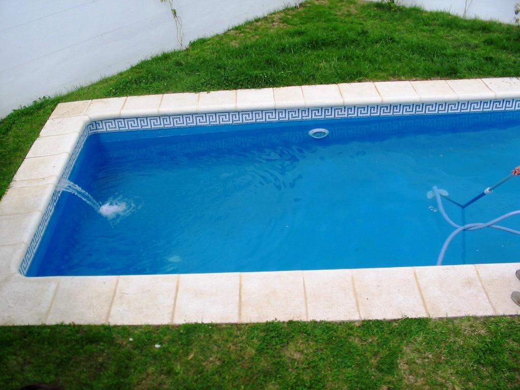 Material y accesorios para piscinas equipamiento al mejor for Accesorios piscinas desmontables